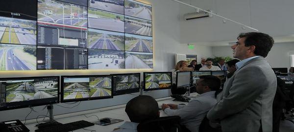 Ritondo presentó el funcionamiento del Anillo Digital del Plan Integral de Seguridad AMBA