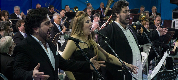 Parque Centenario: Gala Lírica Opera Trío: Almerares, López Linares y Bürgi