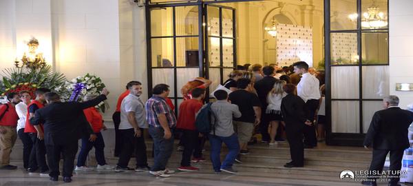 En el Palacio Legistativo Porteño se despieden los restos de la Diputada y periodista Débora Pérez Volpin