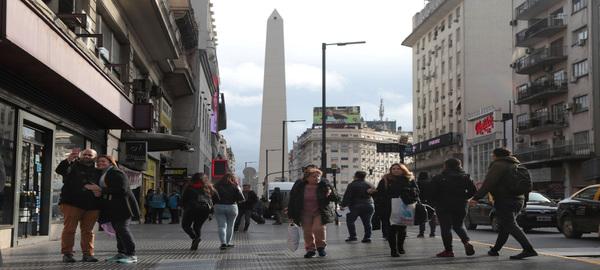 Avenida Corrientes la Ciudad inauguró la primera etapa de las obras